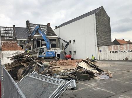 Début des travaux de démolition à la Grand-Place