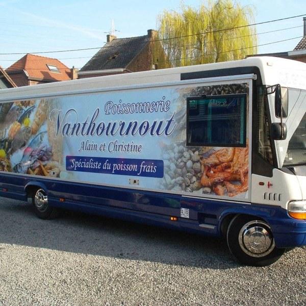 2015-camion-poissonnerie-vanthournout-3.JPG